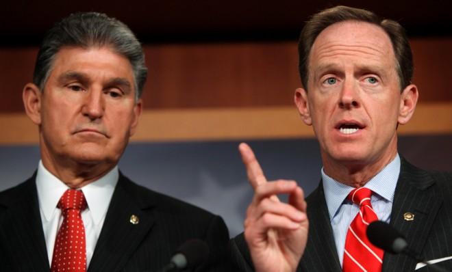 Senators Joe Manchin (left) and Pat Toomey (right)