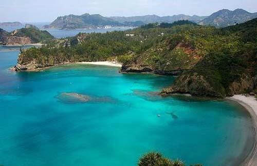galapagos-islands_aerial-view