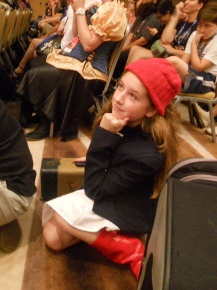This little girl cosplaying as Young Amy Pond made me want to melt into a puddle.