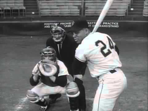 Willie Mays at bat during an episode of Home Run Derby